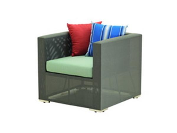1-SEATER SOFA WITH SYNTHETIC FABRIC AND SUNBRELLA CUSHION