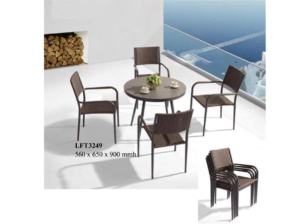 เก้าอี้หวายสังเคราะห์โครงอลูมิเนียมแบบซ้อนได้ POLYRATTAN / ALUMINIUM ARMCHAIR